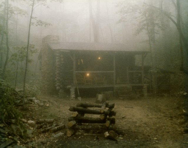 17600-log-cabin-in-fog-pv