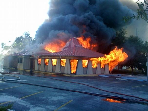 pizza hut fire