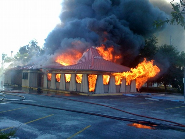 pizza hut fire