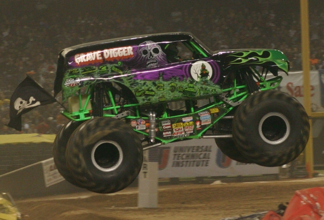 Grave_digger_truck