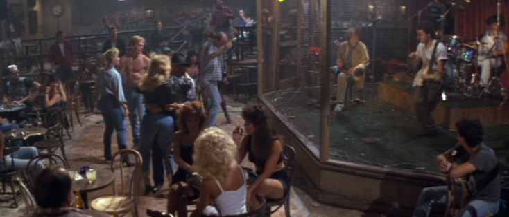 road house bar 2