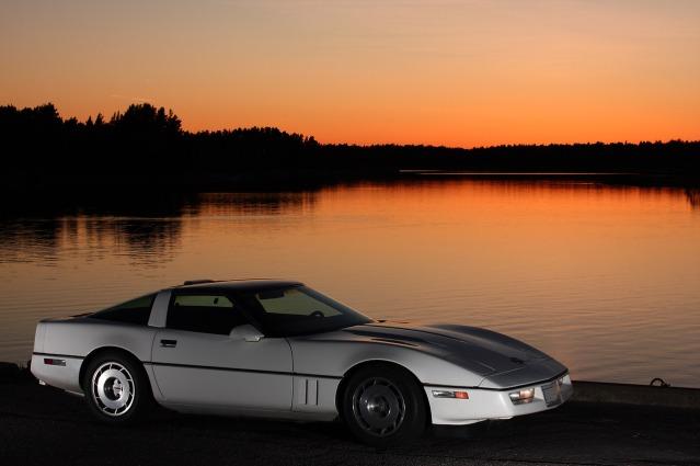 silhouette-corvette